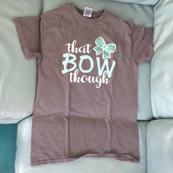 "Gildan Tops - Gray ""That Bow though"" cheerleader inspired shirt."